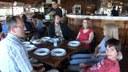 Pobednici konkursa i njihovi gosti čekaju alasku riblju čorbu